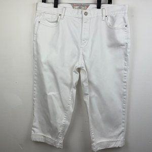 Levi's White Jean Capris w/ cuffed bottom, Size 16
